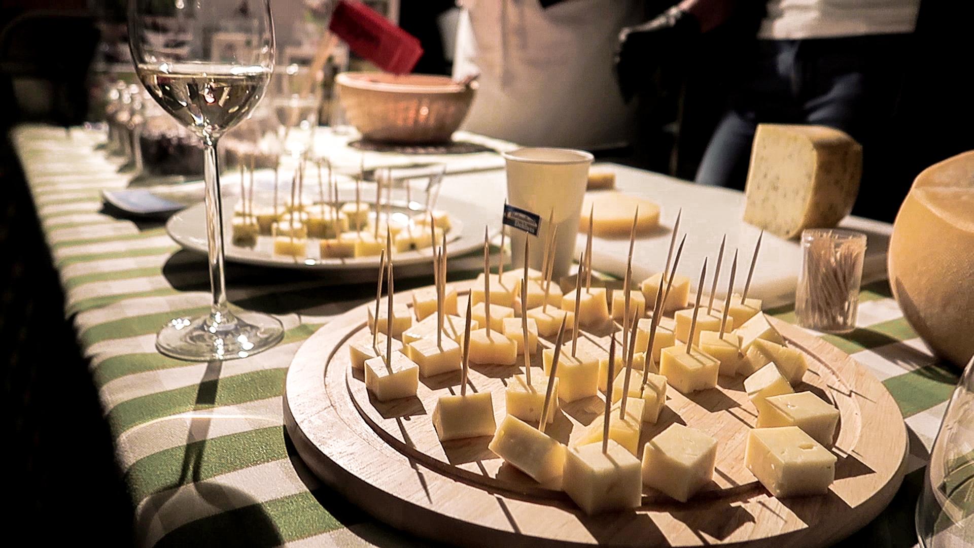 Unser Highlight: Käse der Hofmolkerei Dehlwes